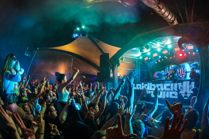 Laidback Luke, Music, TomorrowLand
