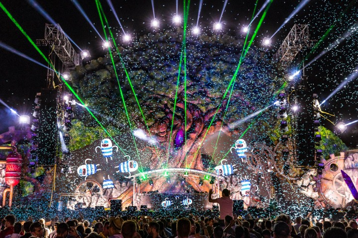Confetti, EDM, Lazers, Music, NeverLand