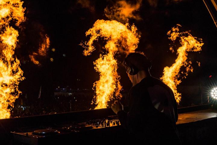 EDC, EDC Orlando, EDM, Electric Daisy Carnival, Fire, Kaskade, Music