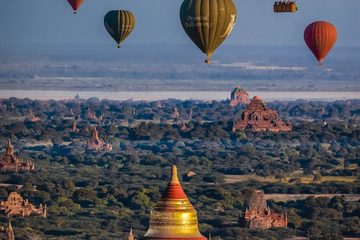 AGP Favorite, Asia, Bagan, Burma, Dhammayangyi Temple, Dhammayazika Pagoda, Hot Air Balloon, Myanmar, Old Bagan, Pagoda, Temple, Travel