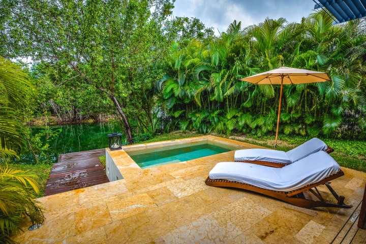 Commercial, Luxury Resort, Real Estate