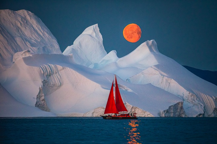 AGP, AGP Favorite, Alex G Perez, Arctic Circle, Greenland, Ice, Iceberg, Ilulissat, Landscape Photography, Moon, Moonlight, Nature, North America, Reflections, Sail Boat, Travel, www.AGPfoto.com