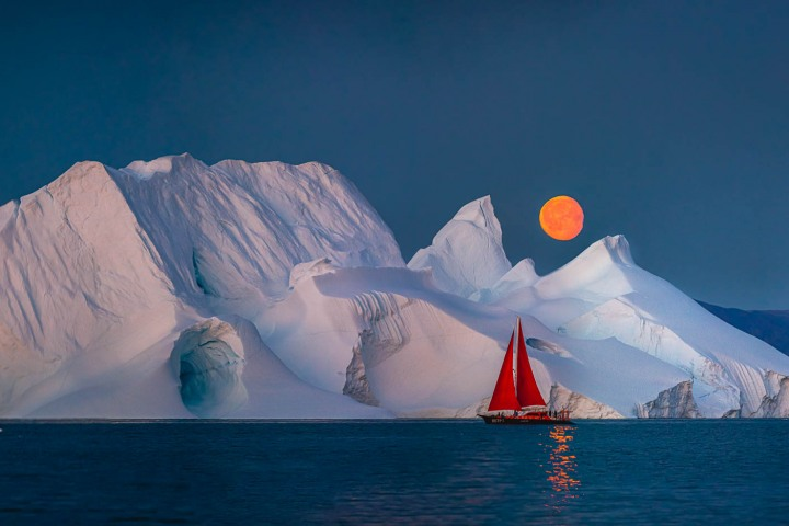 AGP, AGP Favorite, Alex G Perez, Arctic Circle, Greenland, Ice, Iceberg, Ilulissat, Landscape Photography, Moon, Moonlight, Nature, North America, Sail Boat, Travel, www.AGPfoto.com